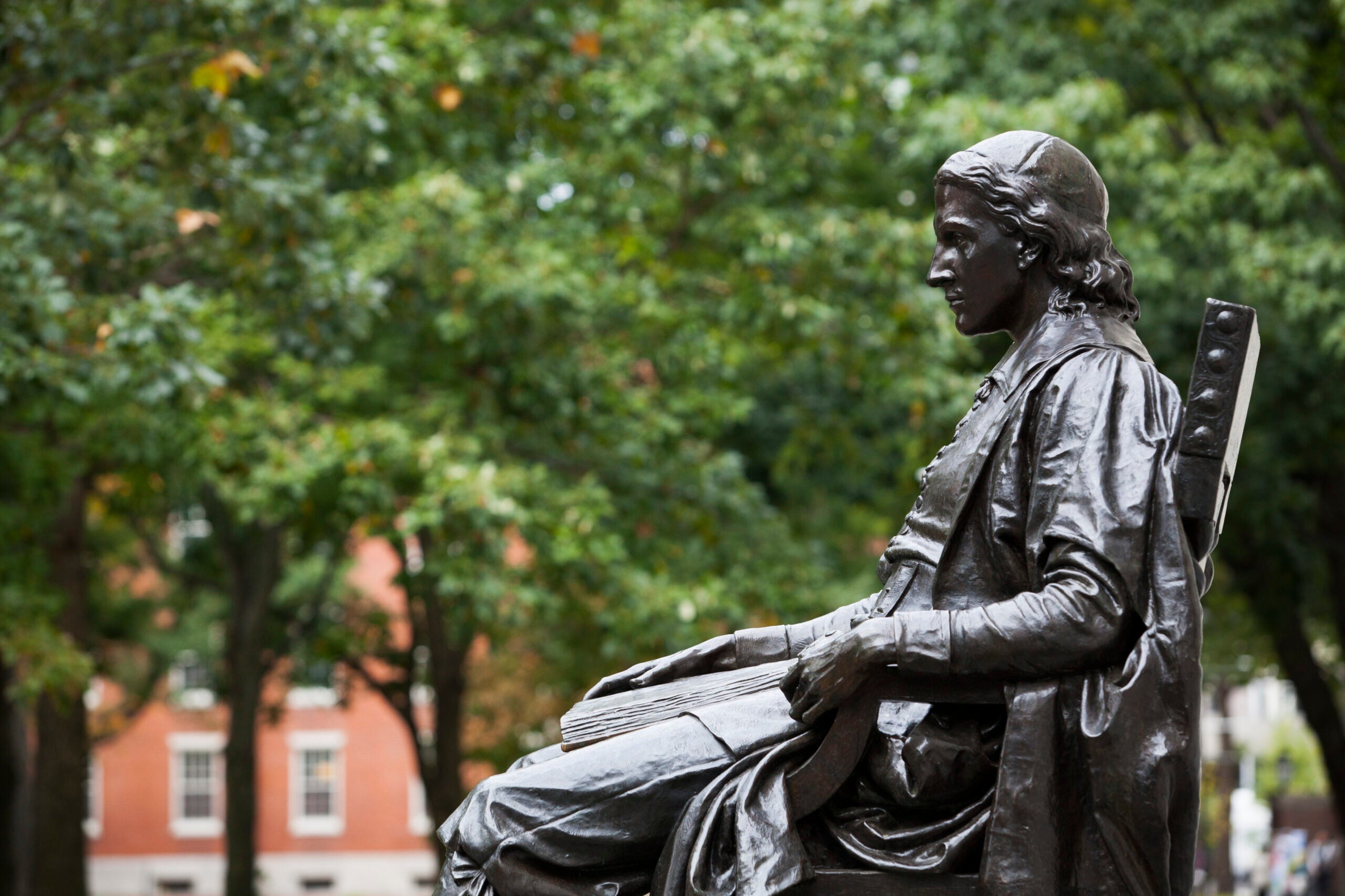 The John Harvard statue