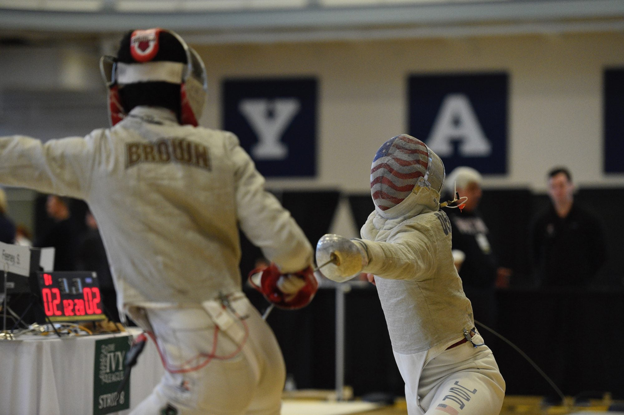 A Harvard student fencing